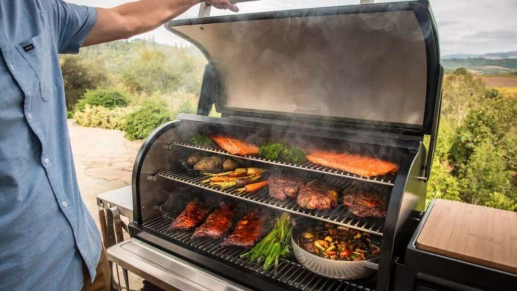 Best Pellet Smokers 2021: Reviews and Buying Guide - Piaci Pizza