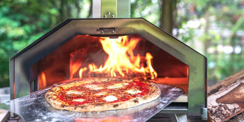 Cooking Area of Portable Wood Fired Pizza Oven