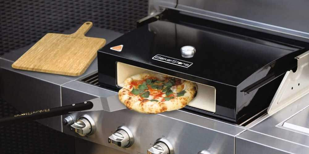 Features of Bakerstone Pizza Box